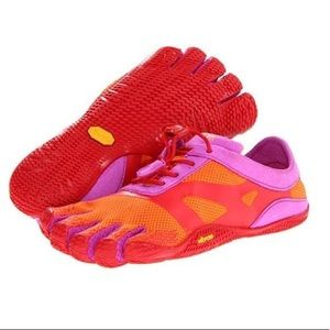 | vibram | Five Fingers Shoes